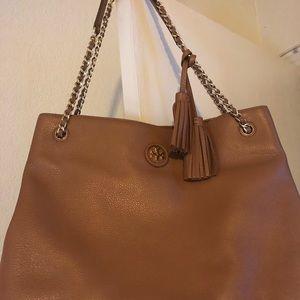 Handbags - Tory Burch purse and wallet